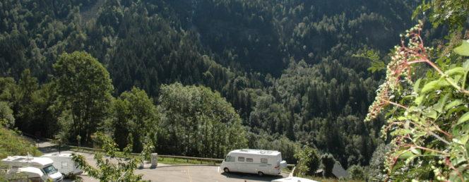 [Accueil / Aire de Camping-Cars]Aire Camping-Car_Vaujany_Eté_13